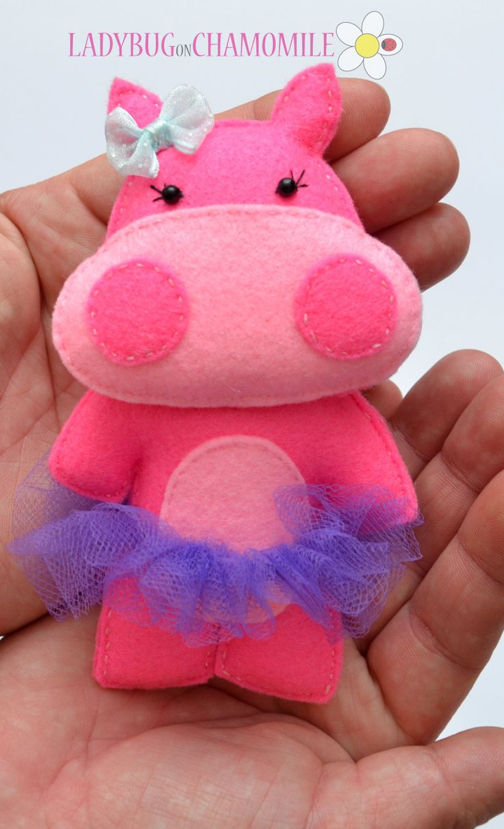 HIPPO GIRL - FELT MAGNET...but I think these would make great pincushions...so so sweet to look at...