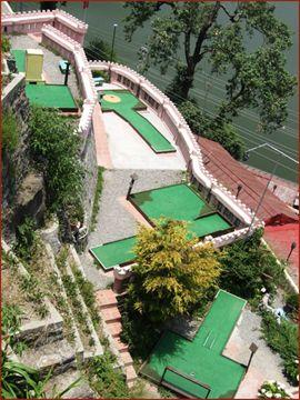 Mini Golf course at Hotel Pavilion