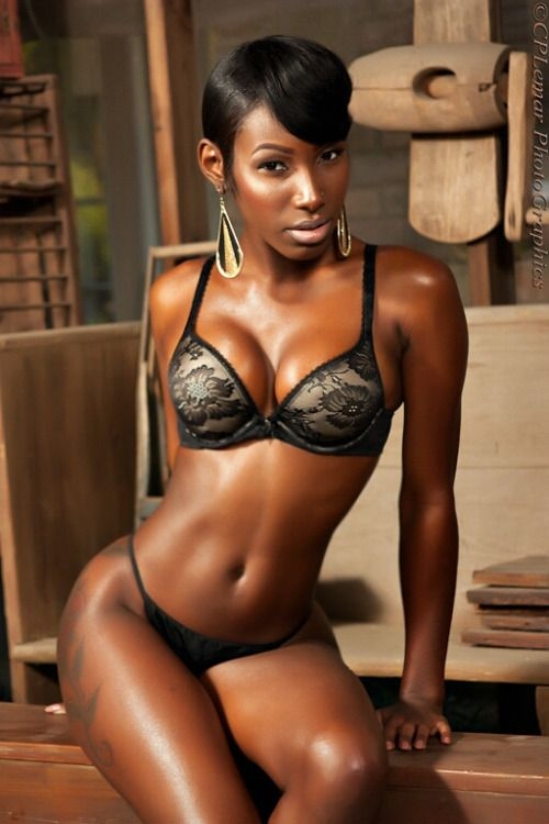 the best ebony porn site An easy guide to find the top  Ebony porn with details and special prices inside the reviews.