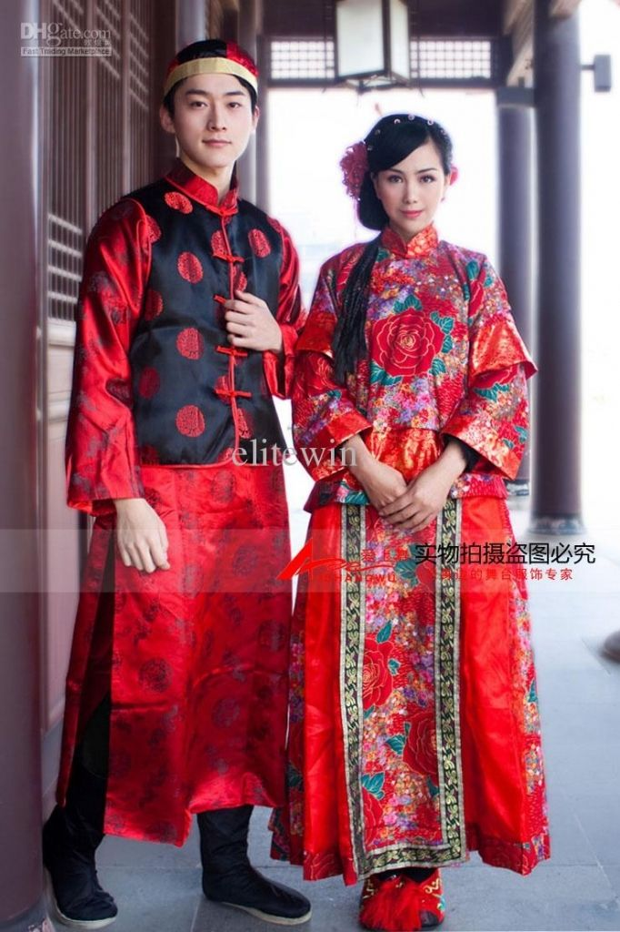 Wedding Traditions In China Individuality Chinese Traditional Wedding Dress Toast Red Chinese Wedding Dress Chinese Wedding Dress Traditional Chinese Wedding
