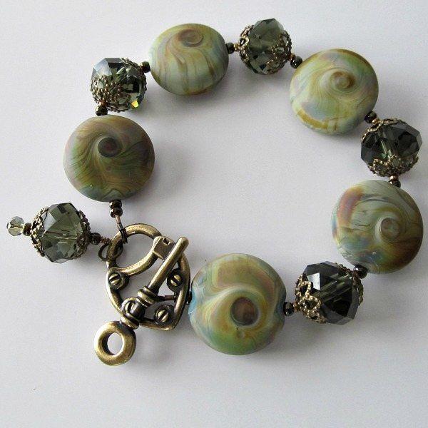 Key to the Olive Garden lampwork bracelet: Bracelets Olives, Beads Bracelets, Lampwork Beads, Gardens Lampwork, Olives Gardens, Beaded Bracelets, Green Lampwork, Beads Jewelry, Lampwork Bracelets