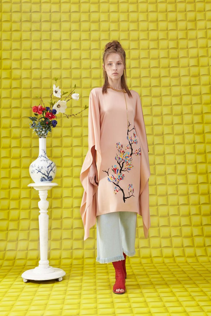 Vionnet Resort 2018 Fashion Show Collection