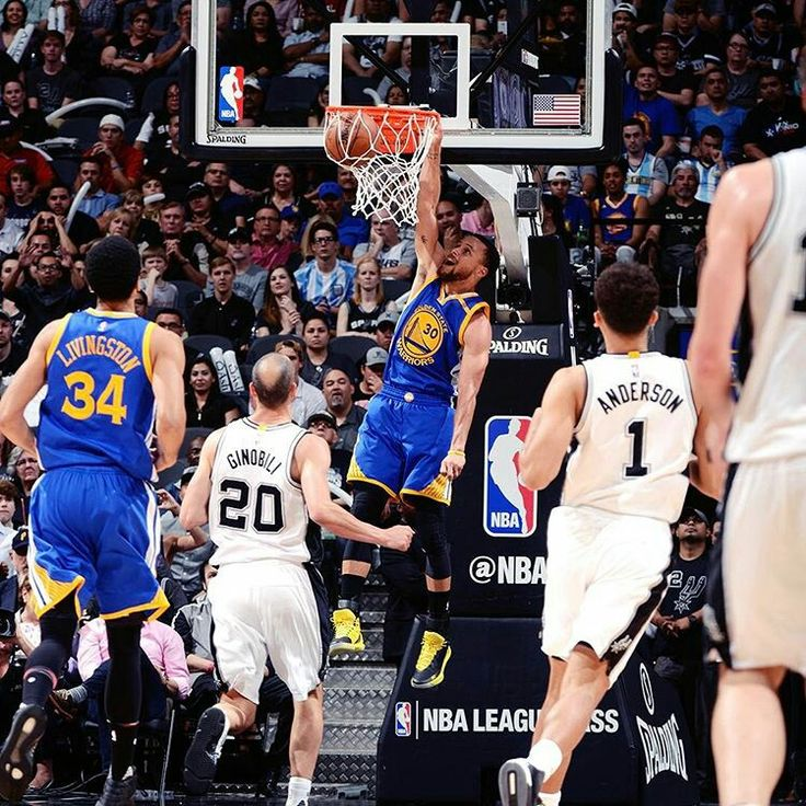 Curry dunk vs Spurs