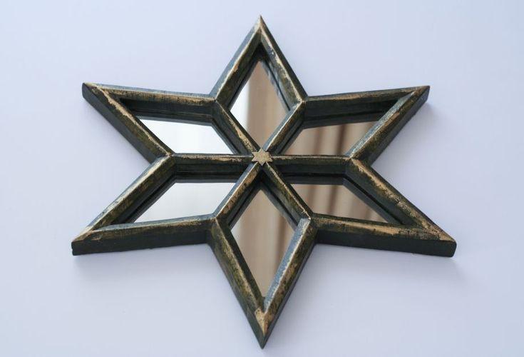 Yeşil yıldız ayna Ham ahşaptan ince el işçiliği ile üretilmiş yıldız formunda ayna.Ahşap koruyucu,.... 353891
