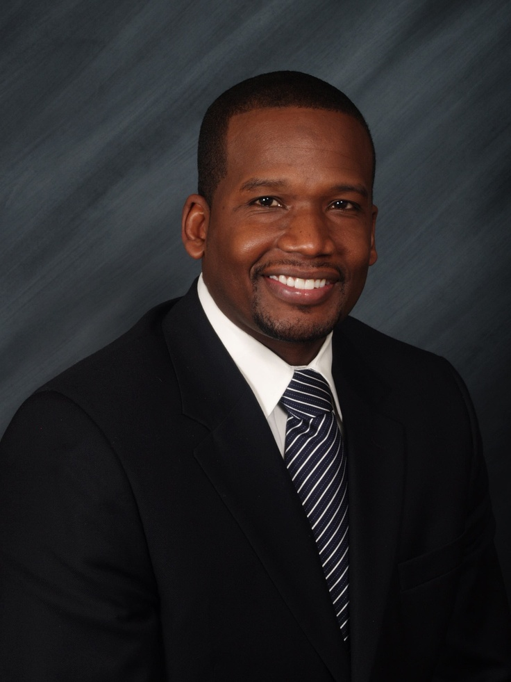 YWCA McLean County is pleased to announce we have a new President & CEO! Dontae Latson will join YWCA on June 10, 2013!