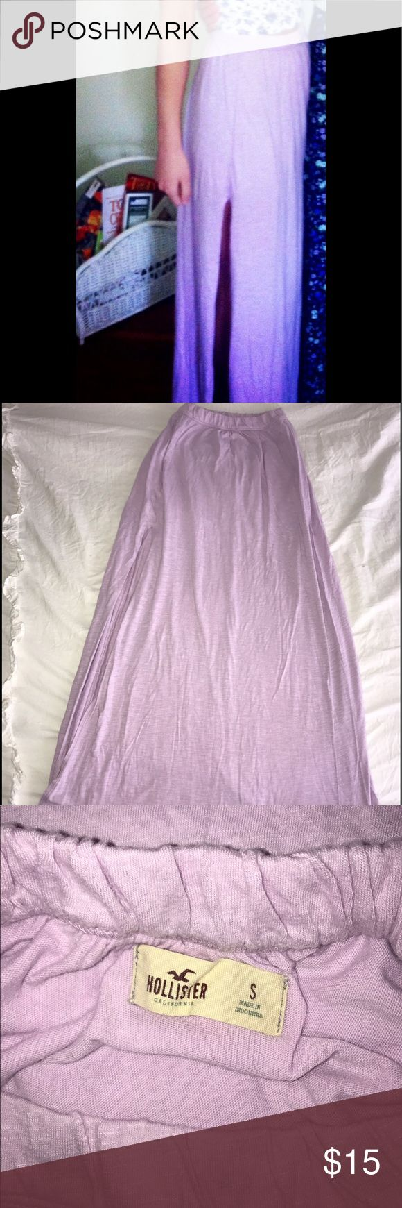 Hollister Maxi skirt adorable hollister light purple maxi skirt, with slit on the side, worn once Hollister Skirts Maxi
