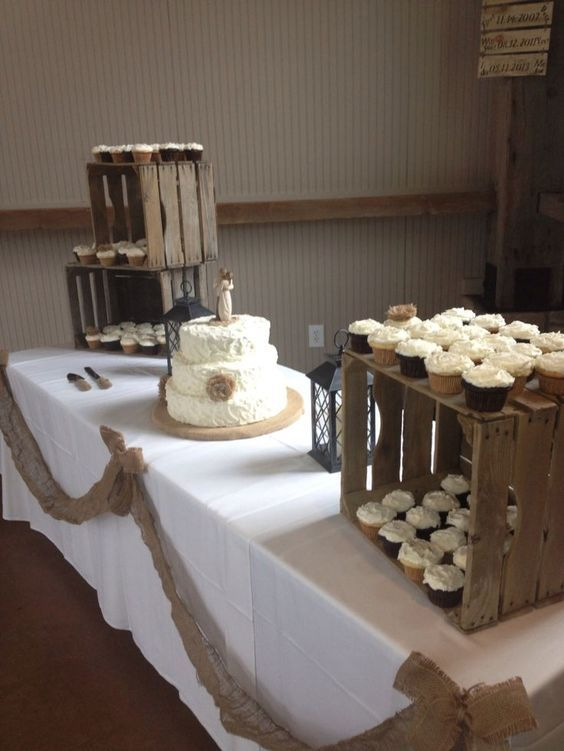rustic wedding cake and cupcake ideas best 25 country wedding cupcakes ideas on 19519
