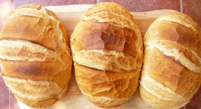 Mondhatom, ez lett a mindennapi kenyerünk. Hosszú kísérletezgetés előzte meg, de megérte. 8 literes kacsasütő jénaiban sütöm, tapaszta...