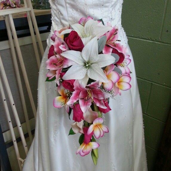 Silk lilies and frangipani ♥♥#florifficflowers