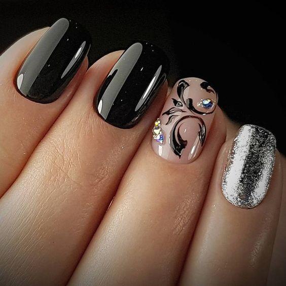 Elegant black nail polish silver