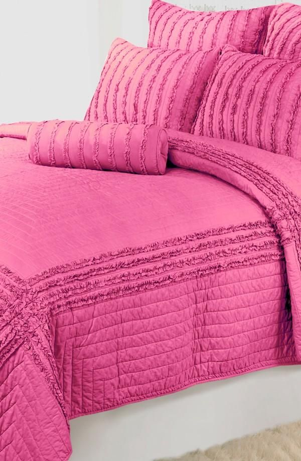 ღ❥Pink and White ❥ღ Think pink, sleep pink - 'Cloud' Quilt