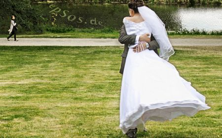 How To Block Hotel Rooms For Wedding Guests — GroupTravel.org - helpful advice - my bids are at http://grouptravelorg.hotelplanner.com/Group/Req.cfm?gid=1896564&g=1#bids