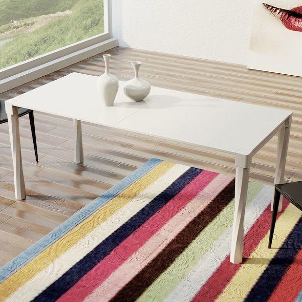 Tavolo Corallo da pranzo allungabile,  realizzato in MDF laccato in quattro misure diverse: da L. 124, L. 144, L. 164 e L. 192. Il tavolo è allungabile a varie lunghezze a seconda della misura scelta, potete visualizzare gli schemi e le dimensioni esatte nella tabella sottostante.  Il tavolo è realizzabile con colori a vostra scelta  (scala RAL),