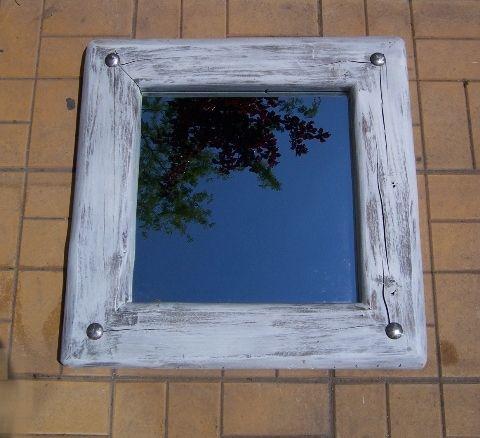 Το Μοναστηράκι της Μεταμόρφωσης – Καθρέπτες