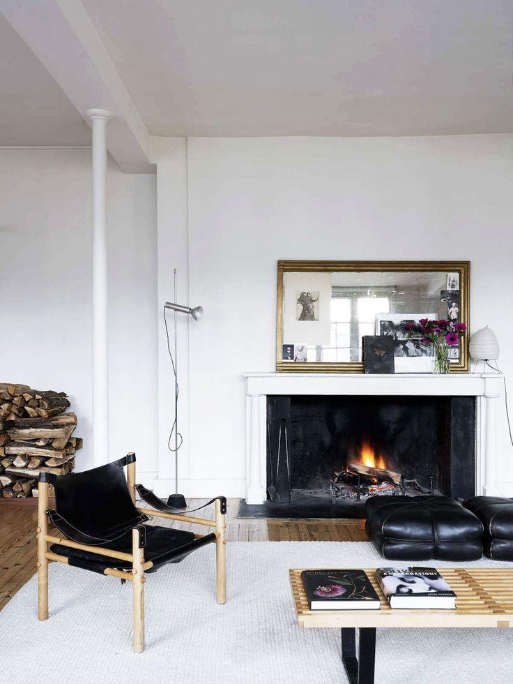 1.oracle-fox-sunday-sanctuary-timber-minimalist-house-paris-natural-light-bay-windows-11