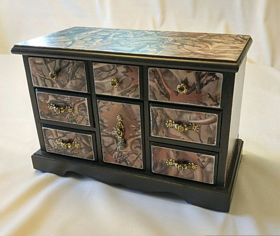 Jewelry box/Jewelry storage/ Camo jewelry by CestChicDesigns