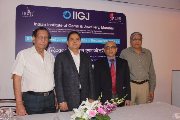 IIGJ offers degree & diploma courses in Jewellery Designing, Manufacturing Techniques & Management in 2017 http://www.indianshowbiz.com/?p=140573
