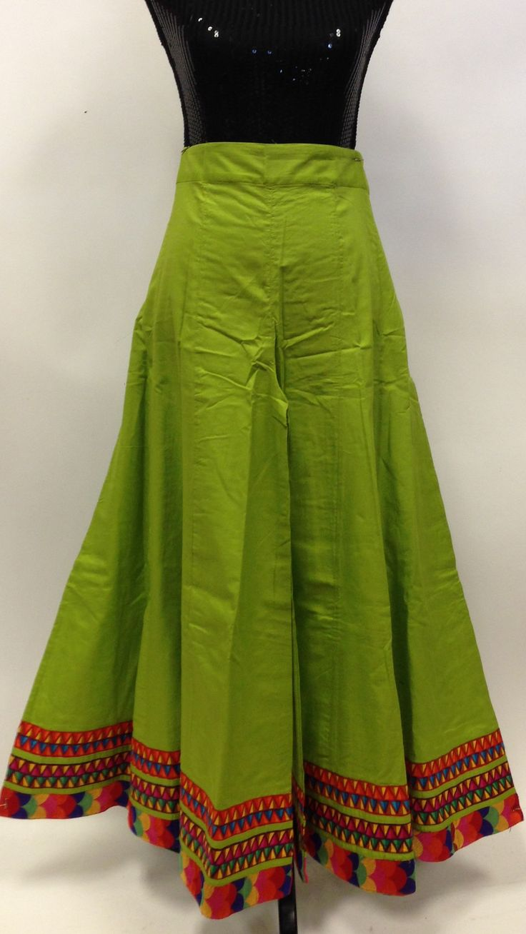 Long Divided Skirt / Pants - Parrot Green
