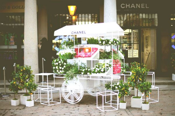 Цветочный бутик Chanel's Nail Bar & Flower Stall в Ковент-Гарден