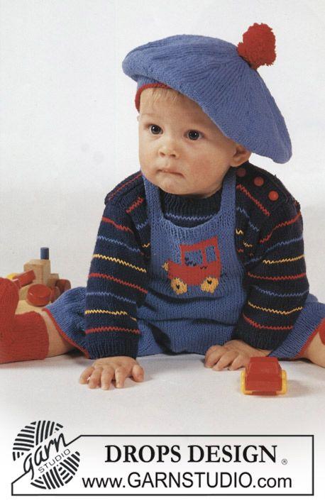 Randig DROPS tröja i Safran med kortbyxa, sockor och basker Gratis stickmönster från DROPS Design.