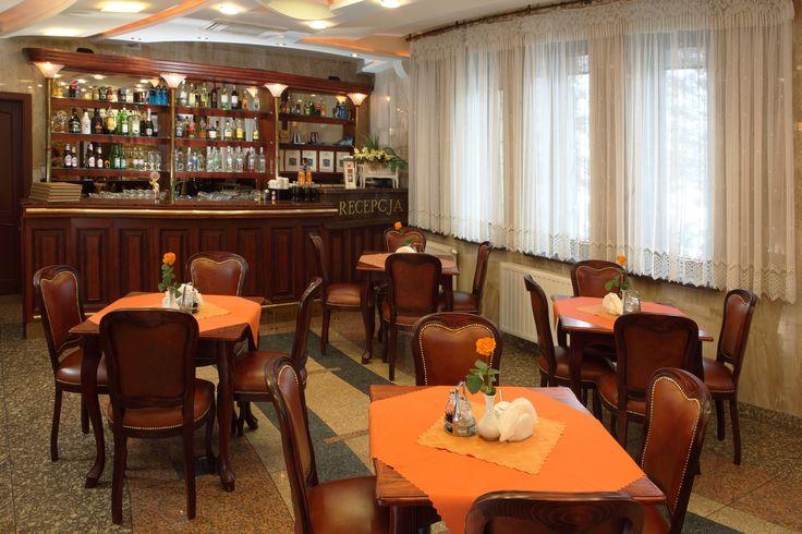 Przytulne wnętrze restauracji w Pensjonacie Klimek zachęca do odwiedzin :)  #pensjonatklimek #muszyna #mountains #restauracja #pensjonatwgorach #gory