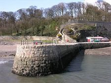 East Pier and Steps from Sailors' Walk