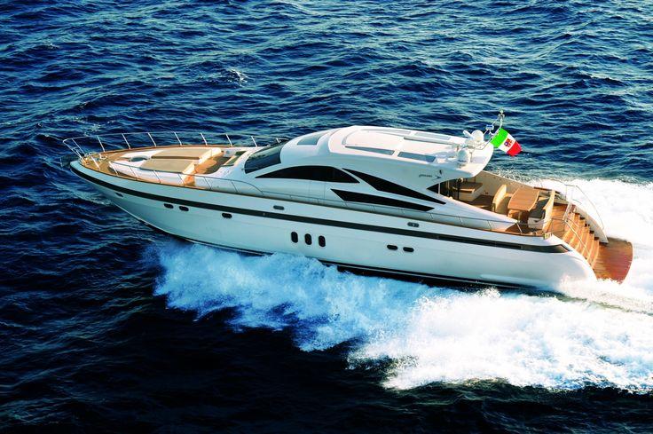 http://www.alquilerdeyates.net/2015/09/alquiler-de-barcos-en-ibiza_76.html