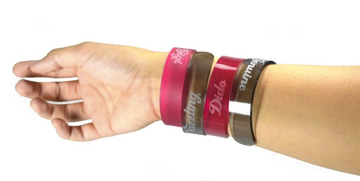 Acrylic bracelets, write your name or motto. Order at www.box2order.gr