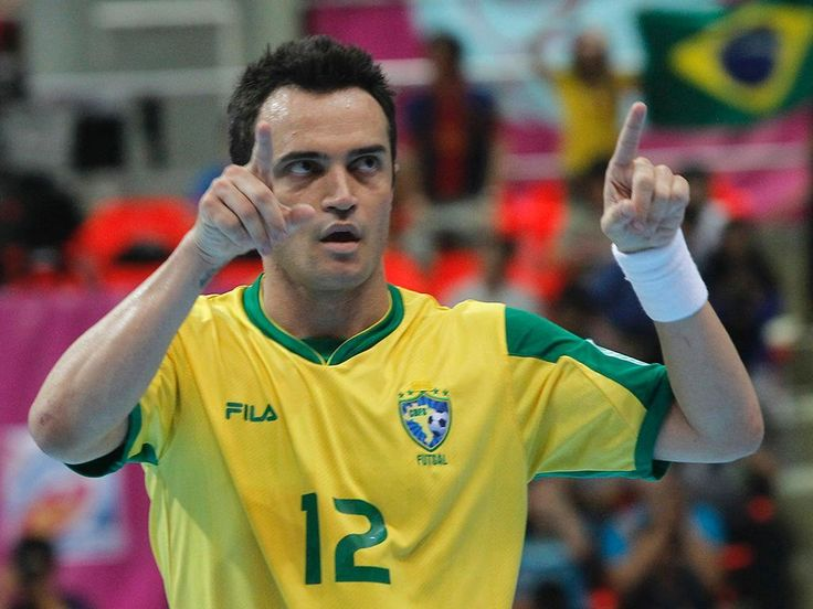 Mundial de Futsal: Falcão fez história na goleada do Brasil a ...