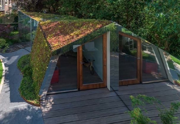 L-shaped garden office. Want one! | Contemporary garden ...