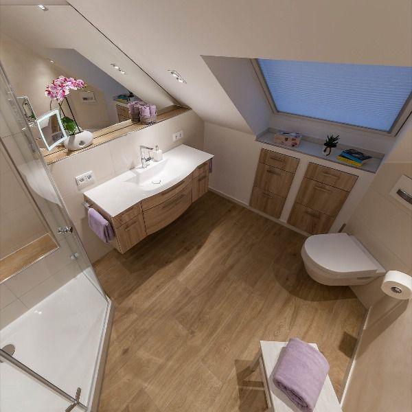 Kleines Bad Mit Holz Badezimmer Dachschrage Wc Dekor Bad Mit Dachschrage