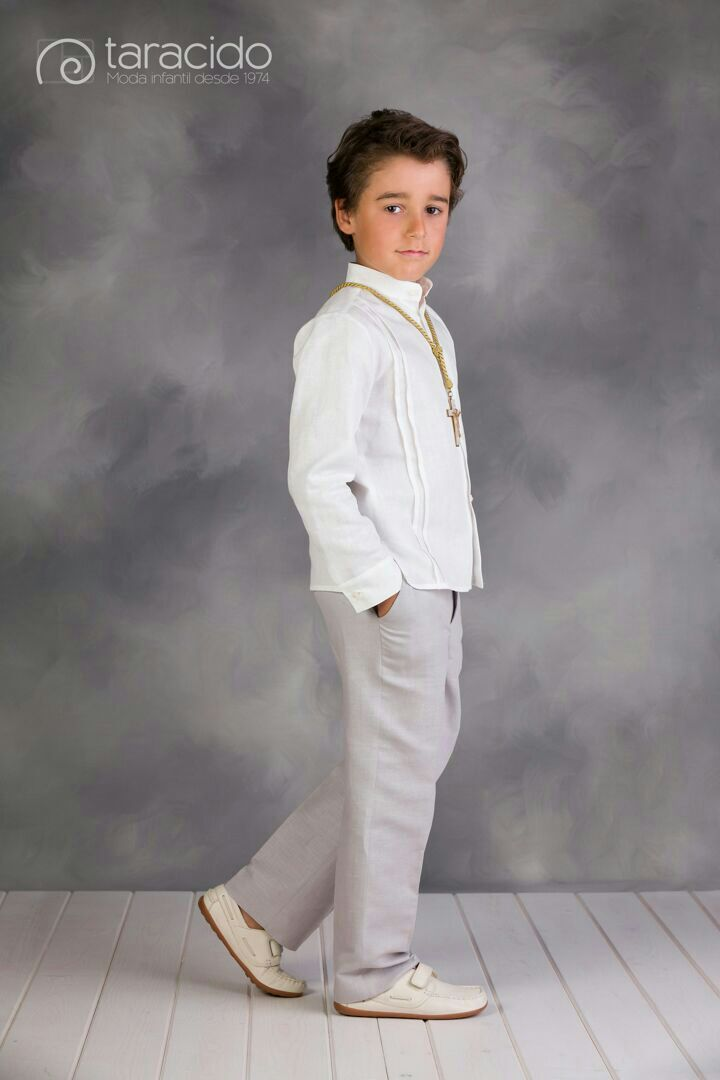 Moda taracidochic.com Foto newblackestudio.com Primera comunión niño