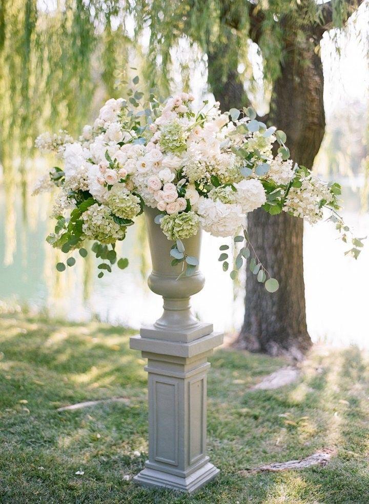 Elegant Blush Napa Wedding at Black Swan Lake - MODwedding