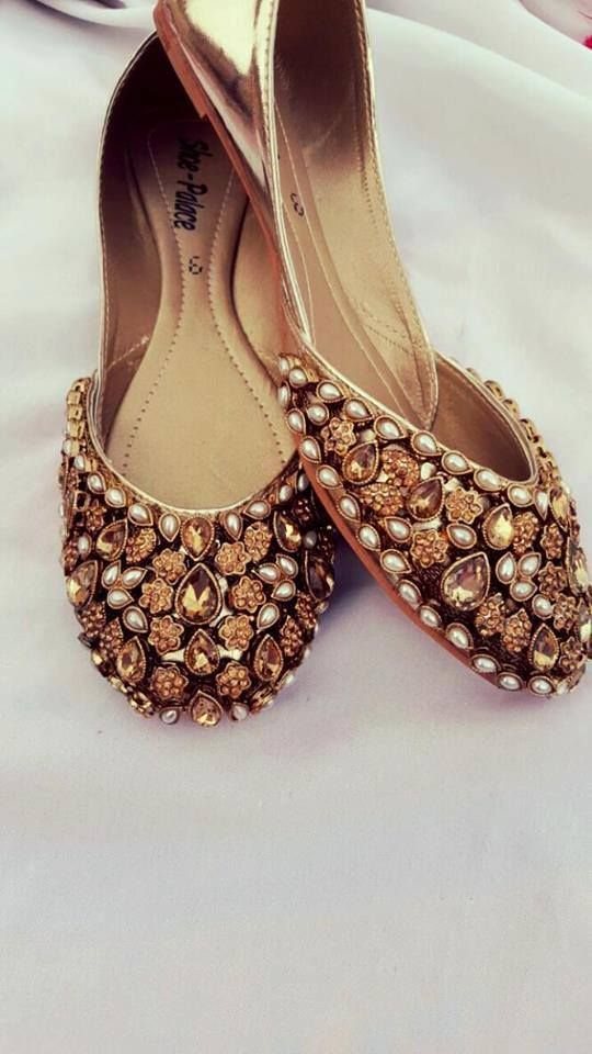 Stunning bridal shoes | Red juttis with golden stones embellishments | Bridal shoes inspiration | Wedding shoes | Comfortable flats | Bridal fashion | Bridal accessories | Indian Weddings | Source: Pinterest | Every Indian bride's Fav. Wedding E-magazine to read. Here for any marriage advice you need | www.wittyvows.com shares things no one tells brides, covers real weddings, ideas, inspirations, design trends and the right vendors, candid photographers etc.