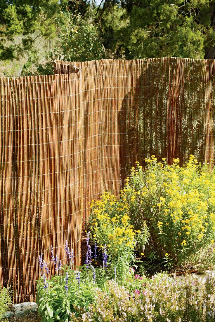 17 Best Ideas About Chain Link Fence On Pinterest Fence
