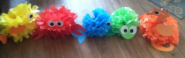 My sister and I made under the sea animals tissue paper Pom Pom decorations for my baby shower party! Those are cute, isn't it??