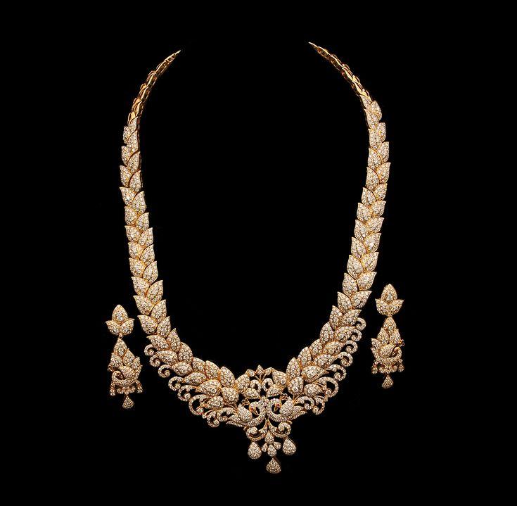 34 Grams Unique Diamond Set: Indian Diamond Bridal Necklace Sets