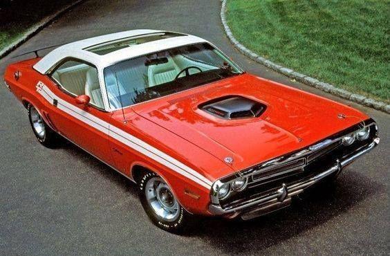 1971 Dodge Hemi Challenger with sunroof.