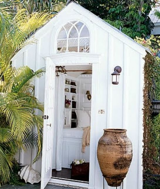25 best ideas about outdoor toilet on pinterest toilet for Shed bathroom designs