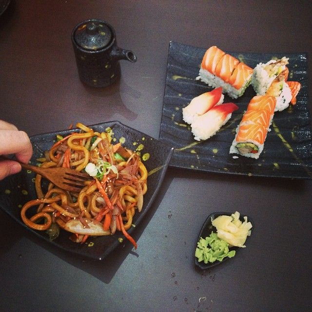 Sushi Place 1730 Bloor St W, Toronto, ON M6P1B3 http://sushipl.foodpages.ca/?photos=1