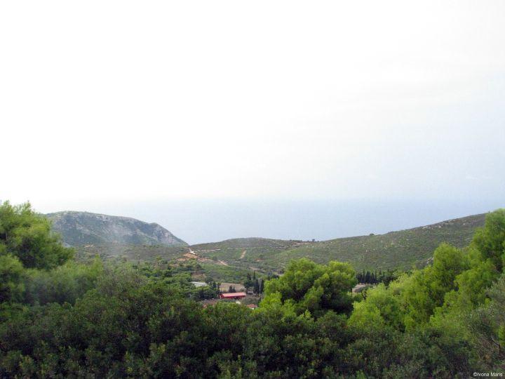 printre-dealuri-in-zakynthos