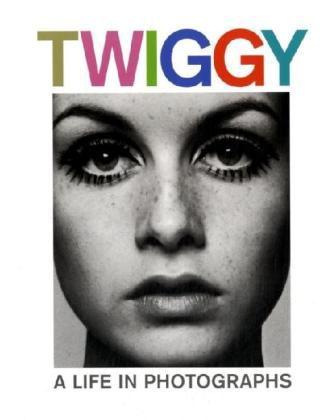 DerClub: Twiggy: A Life in Photographs - bei buecher.de günstiger :-)