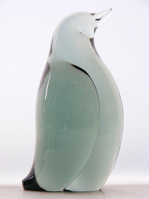 Whitefriars ocean green glass penguin