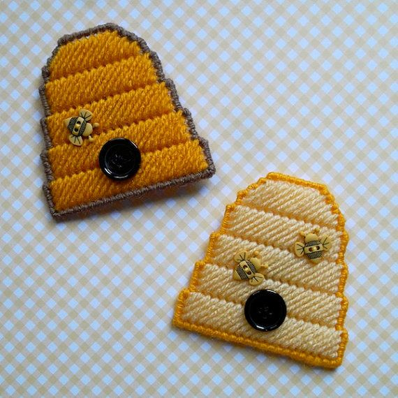 210 best images about plastic canvas summer on pinterest for Plastic bees for crafts