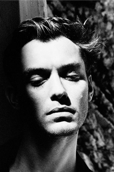 ♂ Black & white man portrait Jude Law for AnOther Magazine A/W01 Shot by Helmut Newton