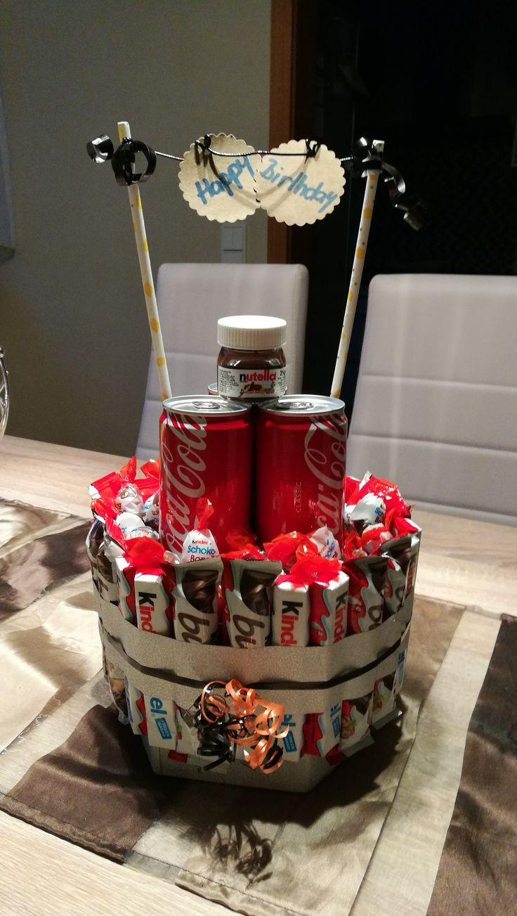 Schöne süße Geburtstagsüberaschung als Torte