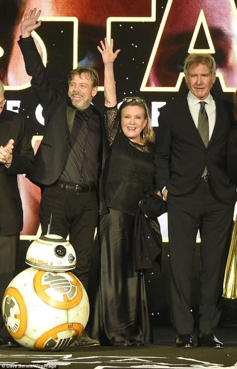 """Mark Hamill, Carrie Fisher & Harrison Ford at the""""Star Wars - The Force Awakens"""" premiere"""