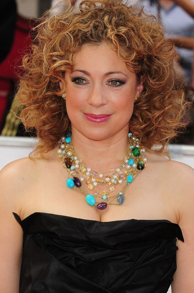 Alex Kingston.