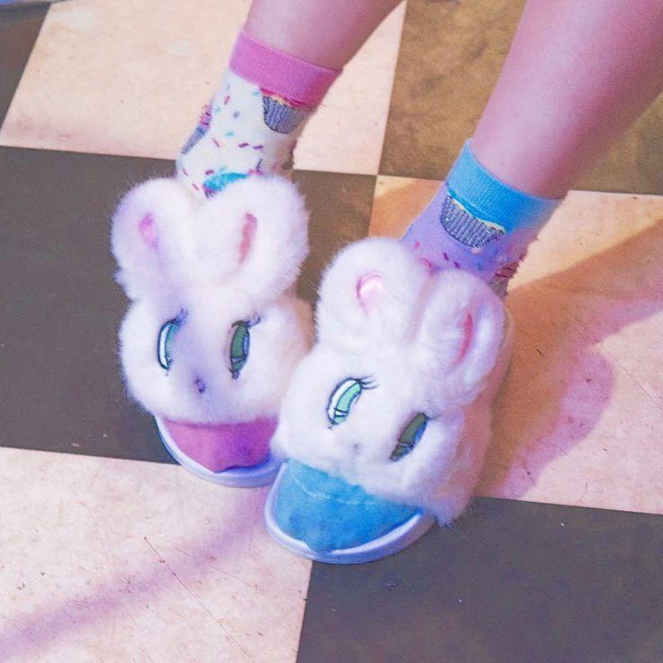 エスターキム WC のサンダル かわいい早く外に履いて行きたい Super cute sandals by @estherlovesyou from @wc_loves Can't wait to wear them out! by elleanor1222