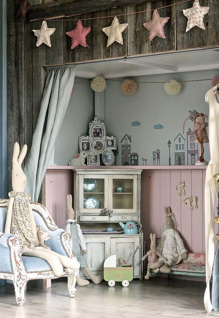 Vintage sideboard | Vivi  Oli-Baby Fashion Life
